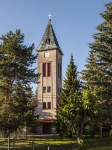 Iľanovský kostol postavený v čase totality