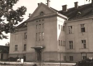 Účelová budova sirotinca z roku 1926
